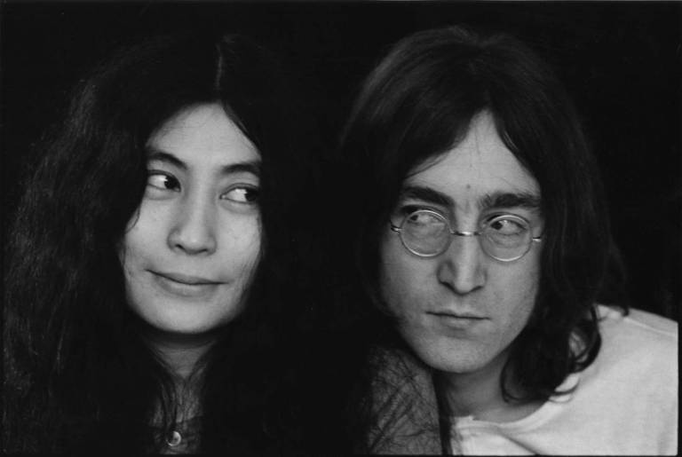 Close-up portrait of Japanese-born artist and musician Yoko Ono and British musican and artist John Lennon (1940 - 1980), December 1968. (Photo by Susan Wood/Getty Images)