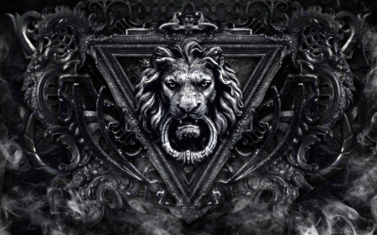 Lion-door-knocker-46074380