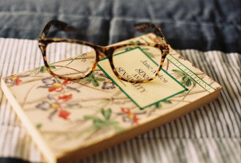 Reading-glasses-and-novel